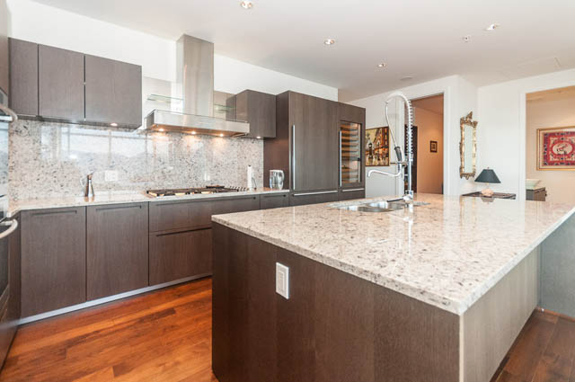 vancouver apartment for rent