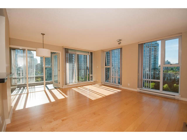 b downtown condo for rent