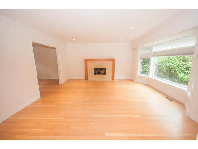 luxury unfurnished in west vancouver